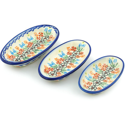 Polish Pottery Condiment set of 3 nesting dishes: 7¼-inch, 6½-inch, 5¾-inch Fanciful Ladybug