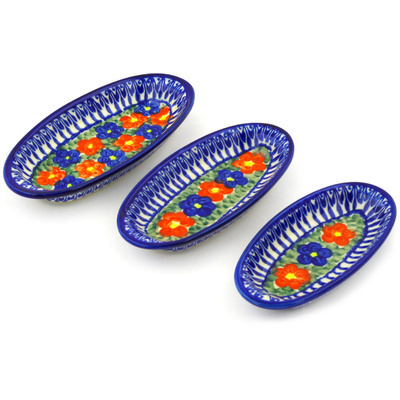 Polish Pottery Condiment set of 3 nesting dishes: 7¼-inch, 6½-inch, 5¾-inch Floral Burst